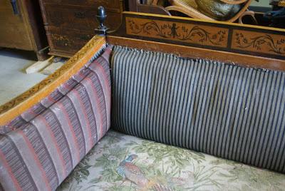 Fjerne gamle flekker på sofa