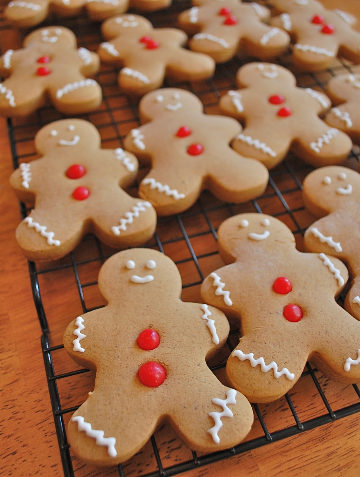 Chef Mommy: Gingerbread Cookies