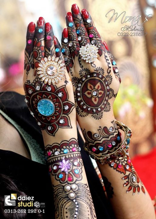 BridalmehndiwwwShe9blogspotcom252822529 - Embroidered Mehndi