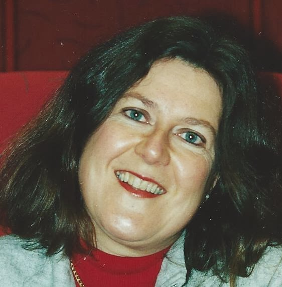 Yvonne Lund