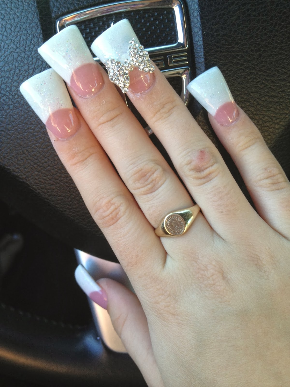 Terribly Haute Beauty: Flare Nails