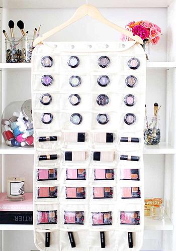 organizar maquillaje en poco espacio