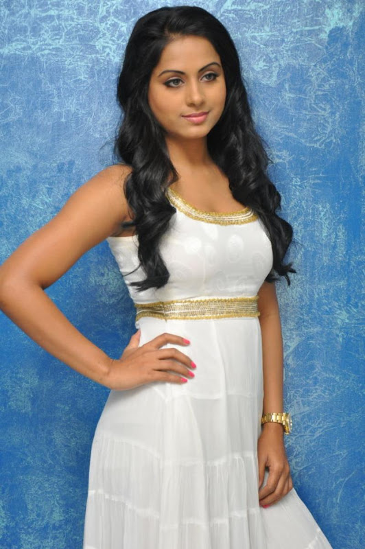 Telugu Item Cine Actress Rachana Mourya Latest Hot Stills Photos hot images