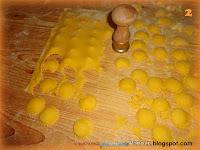 Cappelletti fatti a mano