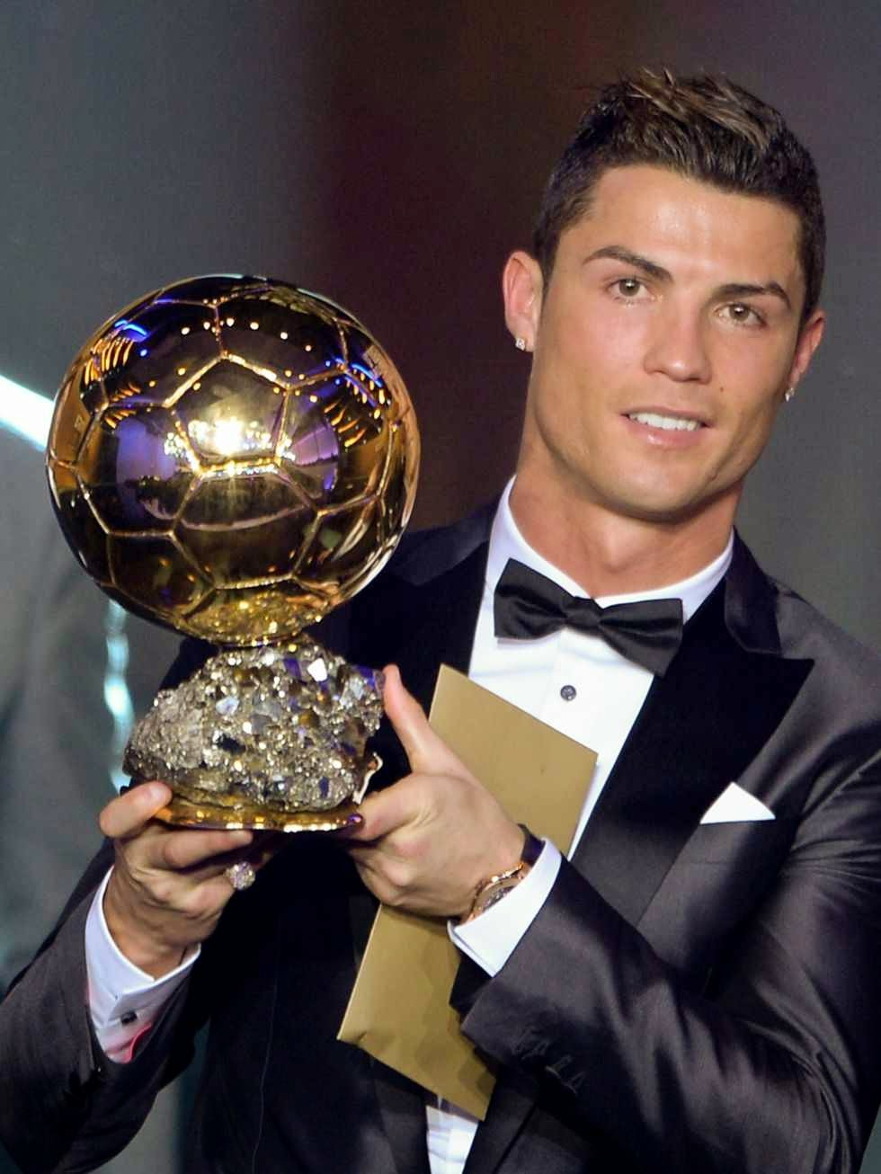 http://pictures4girls.blogspot.com/2014/10/ronaldo-im-not-hypocrite-i-want-to-win.html