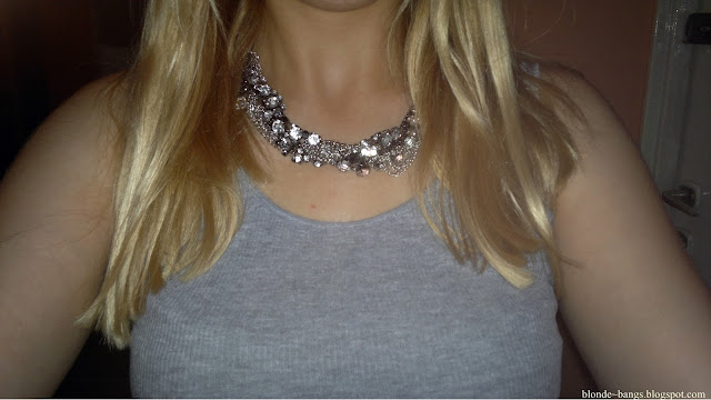 http://www.dresslink.com/punk-vintage-rhinestone-twist-biker-chain-choker-bib-necklace-p-1059.html?utm_source=blog&utm_medium=cpc&utm_campaign=Zofia534