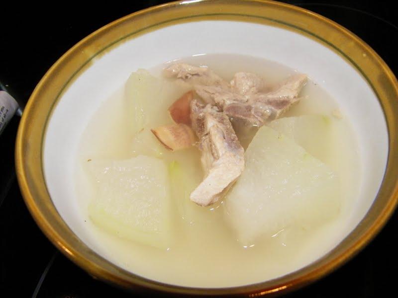 Little Bellevue Kitchen: Winter Melon Soup with Pork Ribs ...