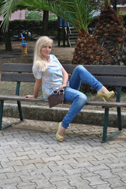 outfit jeans skinny come abbinare i jeans skinny skinny jeans skinny outfit jeans e tacchi come abbinare jeans e tacchi mariafelicia magno fashion blogger colorblock by felym fashion blog italiani fashion blogger italiane fashion blogger bionde bionde e tacchi ripped jeans how to wear skinny jeans skinny jeans outfit outfit 12 agosto 2015 outfit estivi donna outfit estate 2015 summer outfits summer outfits for girls