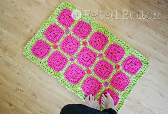 Melon Berry Rug (crochet pattern by Susan Carlson of Felted Button)