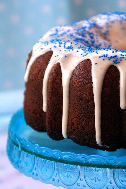 White Chocolate & Banana Bundt Cake