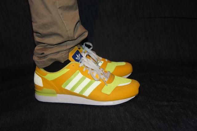 adidas originals zx 700 on feet