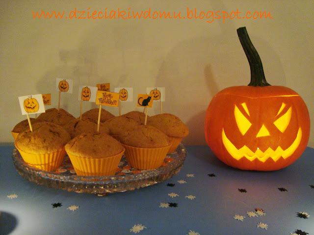 dyniowe muffinki na halloween