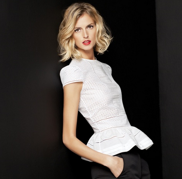 The white shirt collection by ch carolina herrera for Carolina herrera white shirt collection