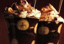 طريقة عمل ترايفل الشوكولاته بالموز