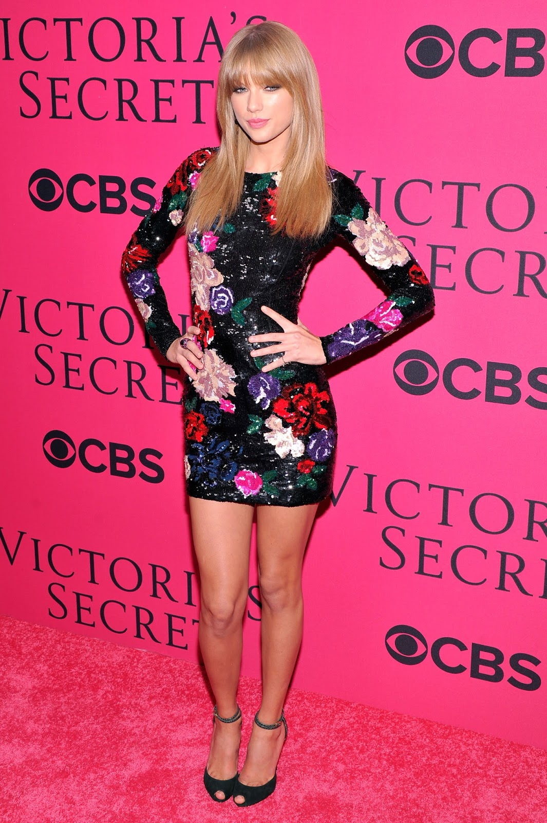 taylor swift arrives at the 2013 victoria s secret fashion