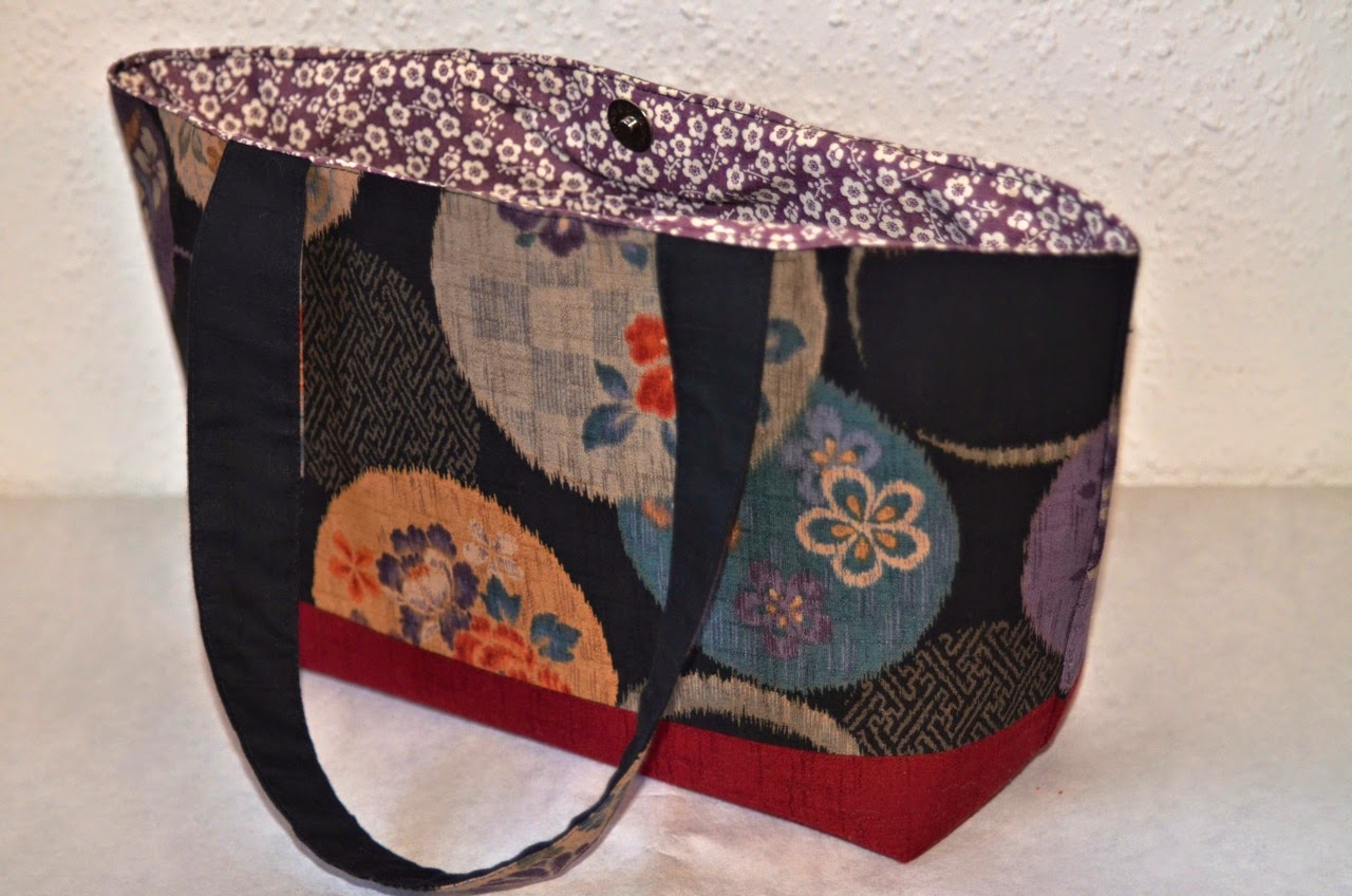 Handtasche SATO aus japanischen Stoffen von Noriko handmade, handgemacht, Unikat, Japan, Design, Einzelstück