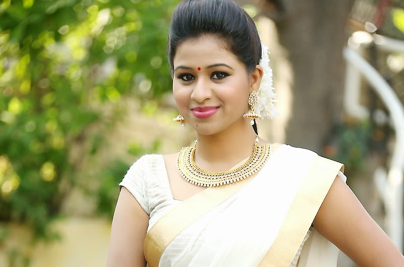Manali Rathod In Sexy Saree Stills