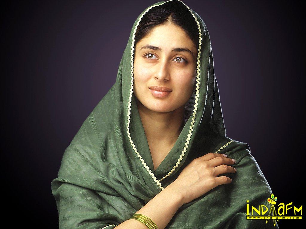 Kareena Kapoor Kareena Kapoor Without Make Upin Sari