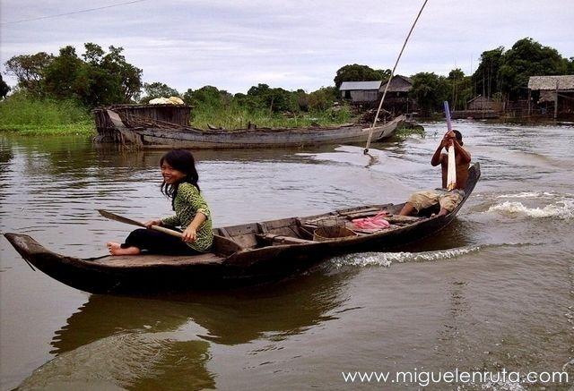 Barcas-Kompong-Phluk