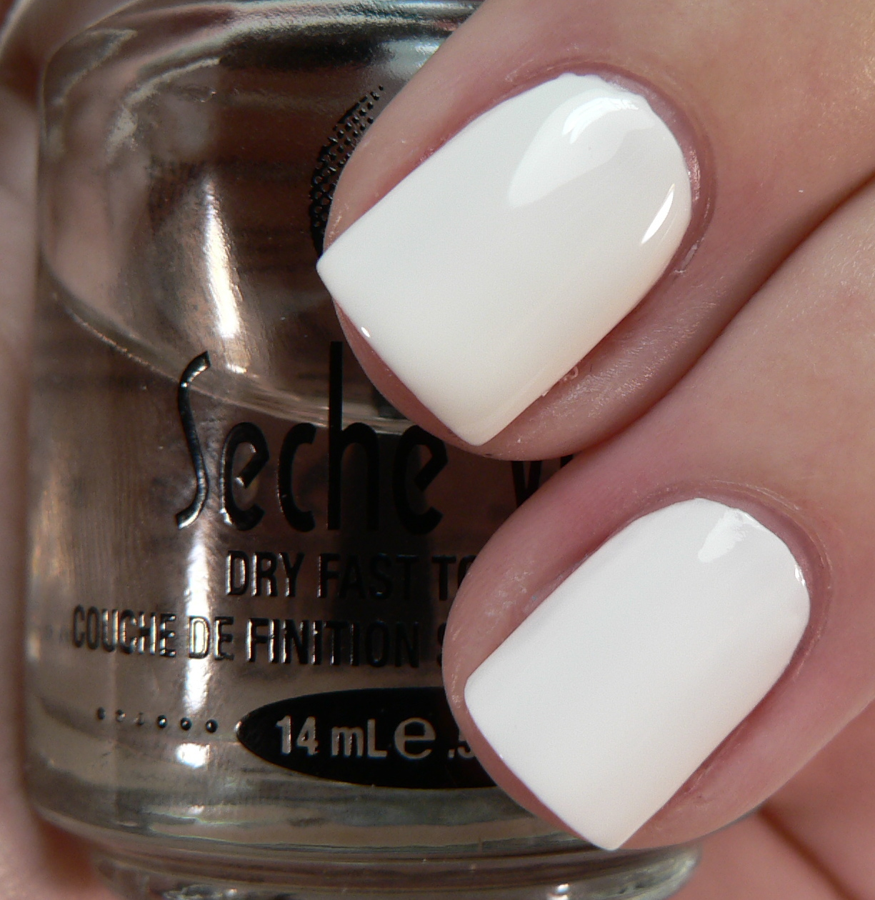 Zoya Snow White v  Zoya PurityZoya Snow White