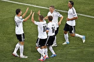 Alemania avanza y Holanda se despide de la Eurocopa 2012