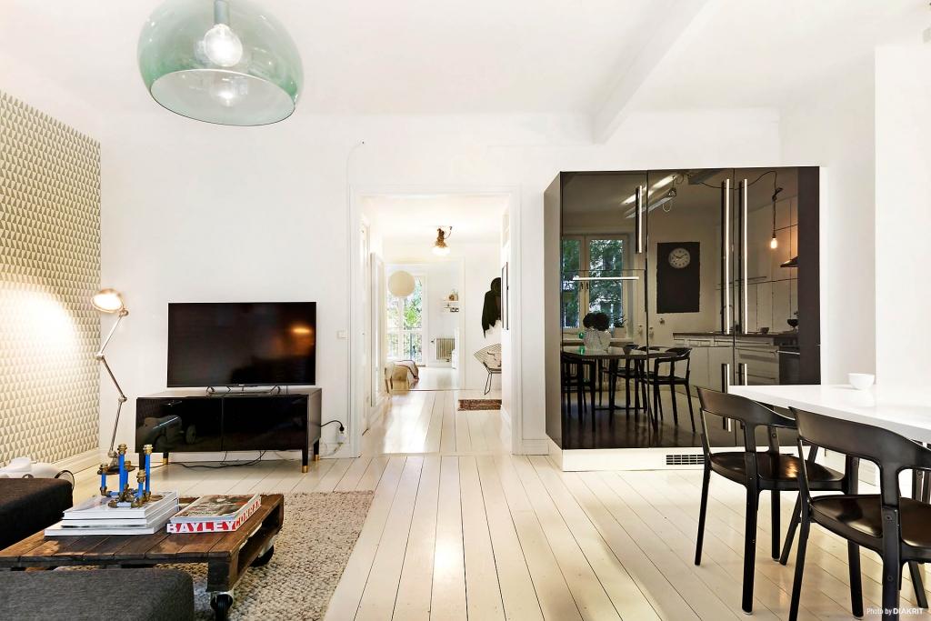 Apartamento pequeno decorado sala e cozinha integrada