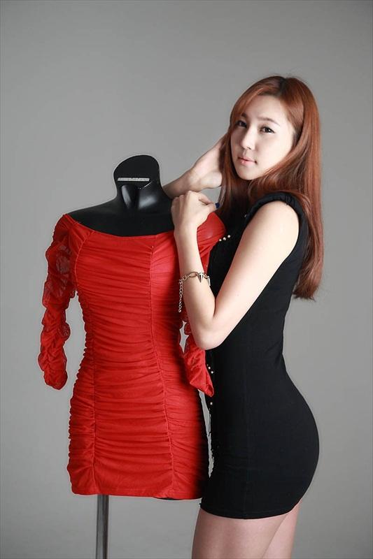 CENTIL CENTIL: Choi Yu Jung – Black Mini Dress