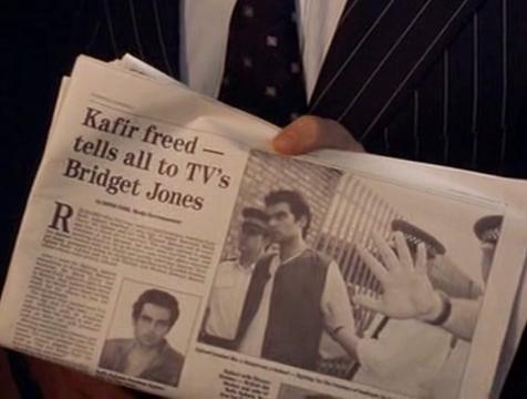 Periódico que anuncia la entrevista de Bridget a Kafir Aghani en El diario de Bridget Jones - Cine de Escritor