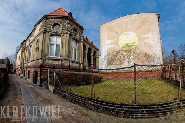 Leszno: mural - gra liczbowa Koziołki