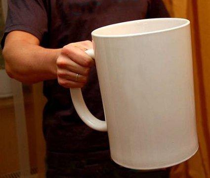 http://2.bp.blogspot.com/-SuWyCTDJnJU/T17QTJys85I/AAAAAAAAGRw/-roZPgMTkH8/s1600/very+large+tea+mug.jpg