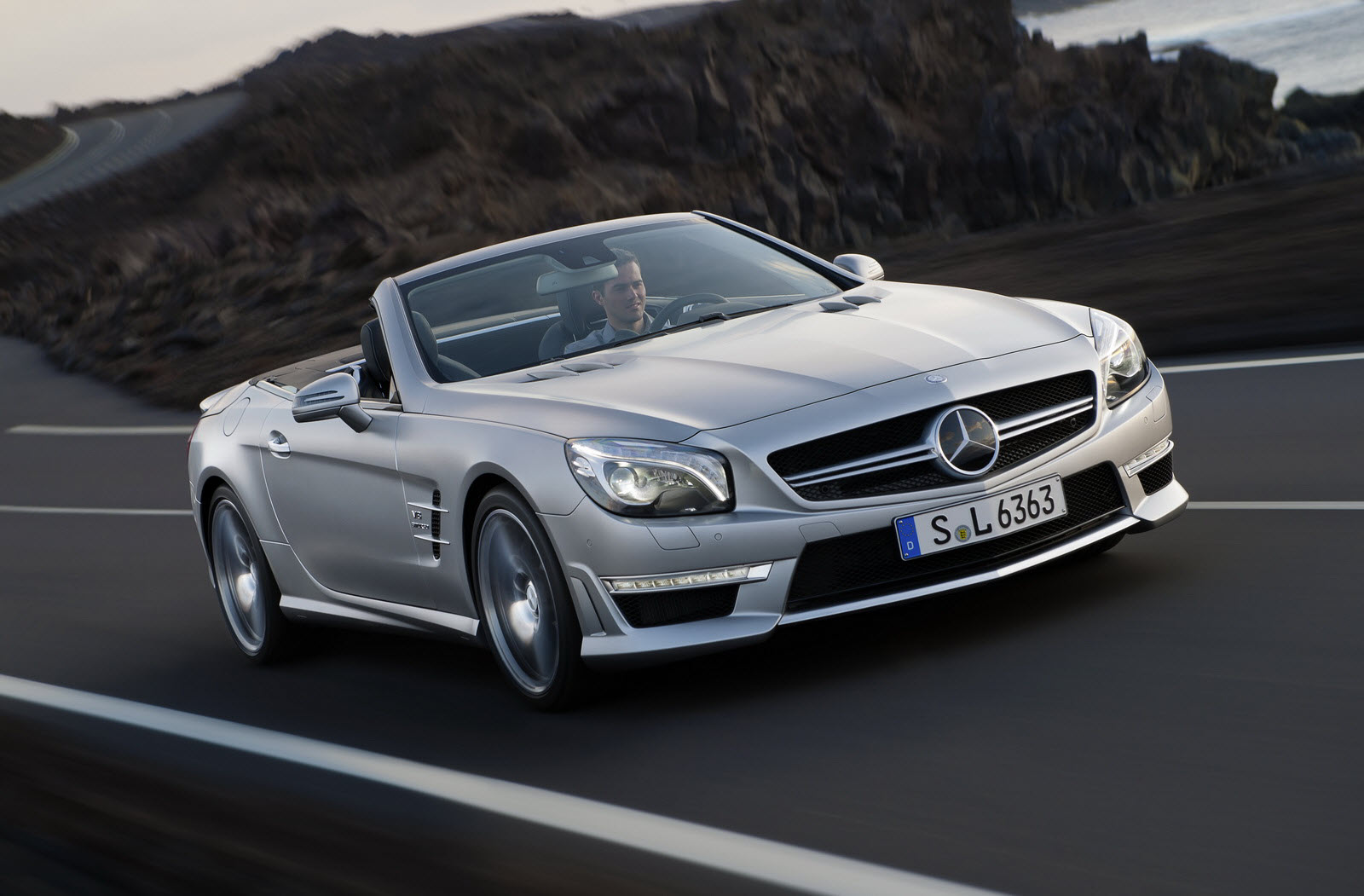 the new mercedes benz sl 63 amg enhanced performance
