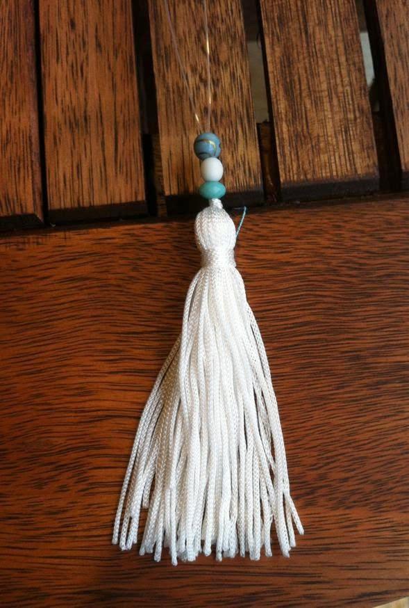 Chaveiro de tecido | missangas e enfeites