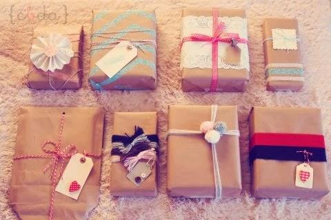 http://conbotasdeagua.mujer.es/2011/12/19/9-maneras-de-envolver-un-regalo/