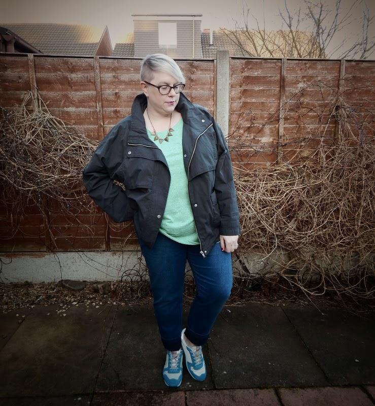 Fashion world slim leg jeans size 22