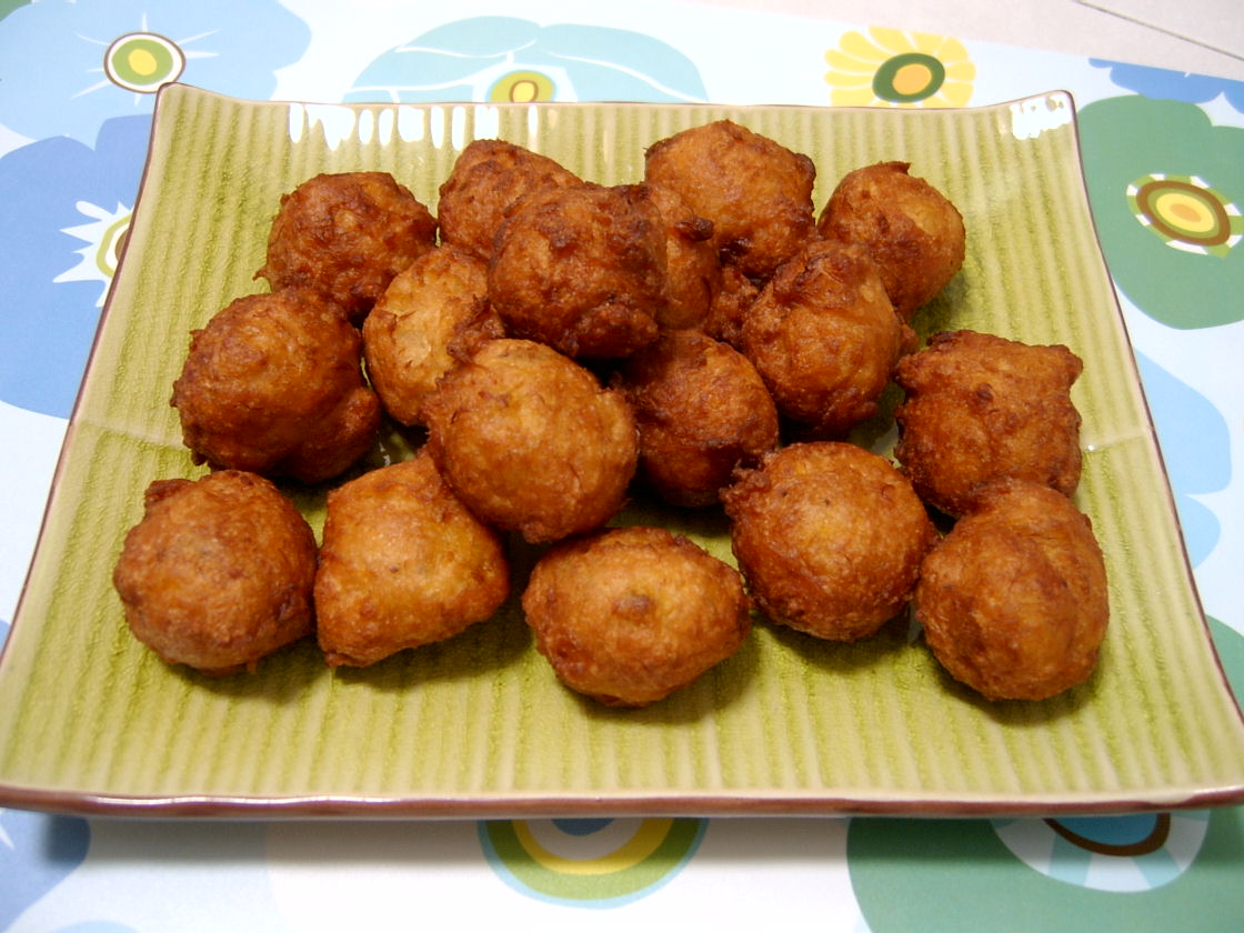 Through The Kitchen Door: Banana Fritters With Coconut