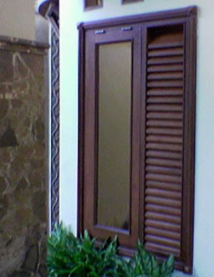 rumah minimalis modern: gambar model jendela rumah minimalis