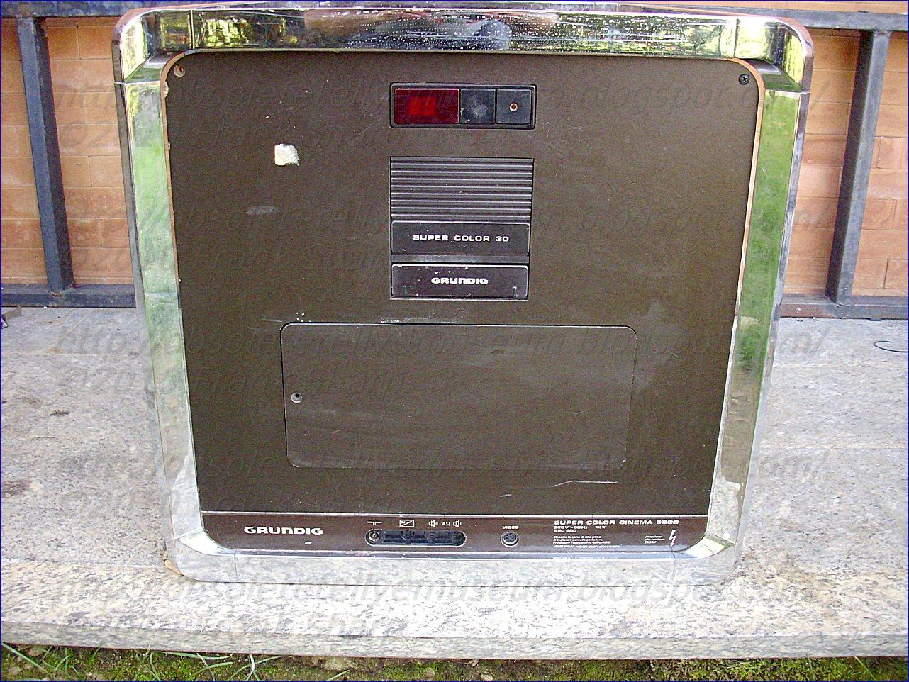 Obsolete Technology Tellye !: GRUNDIG SUPER COLOR CINEMA 9000 ...