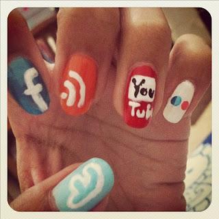 network social media nails