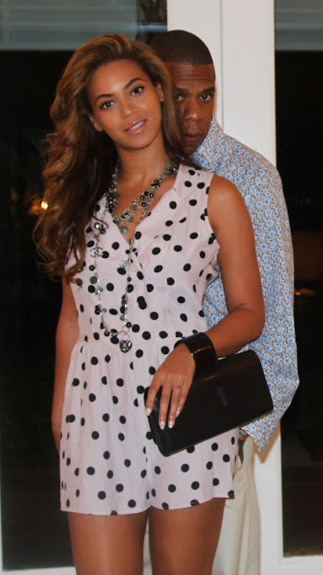 Beyonce - Perrin Paris Bracelet Clutch