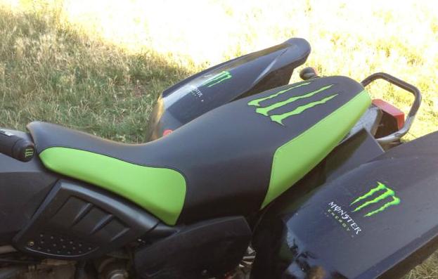 Tapizar un asiento de quad polaris tapizar asiento moto for Tapiceria de asientos de moto