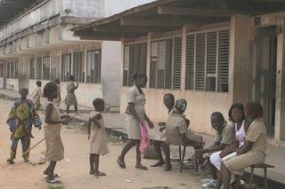 %25C3%25A9l%25C3%25A8ve_Benin.jpg