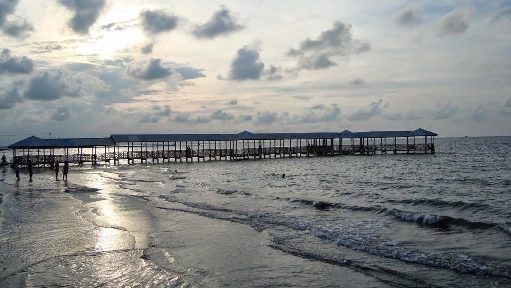 Panorama Pantai Alam Indah di Tegal