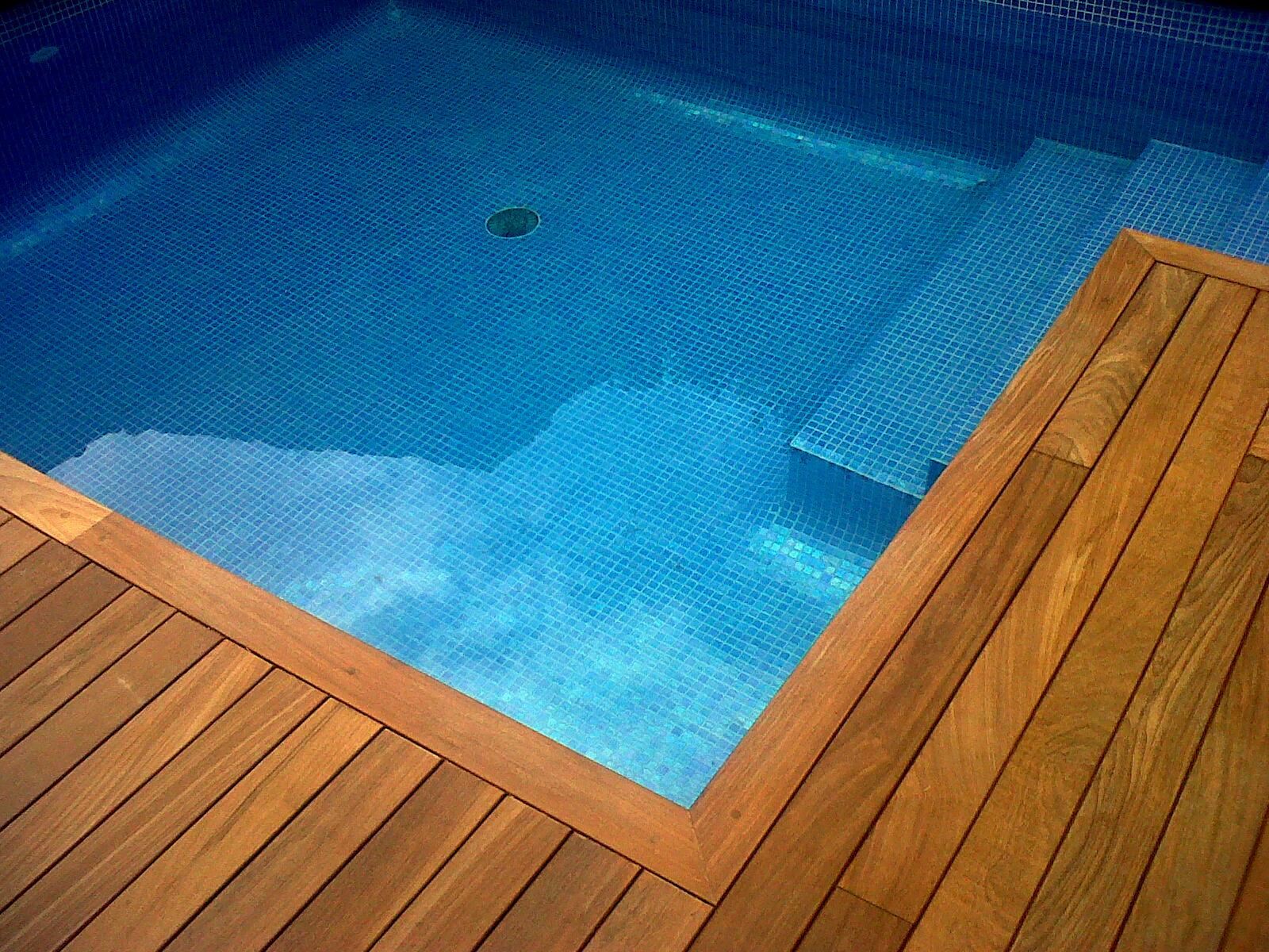 Piscines pic imagenes de piscina con revestimiento - Piscina sant quirze ...