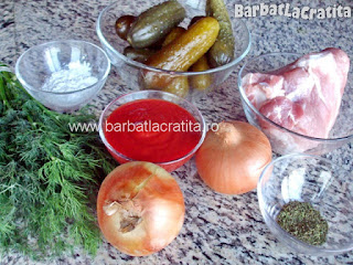 Mancare de castraveti murati cu carne ingrediente reteta