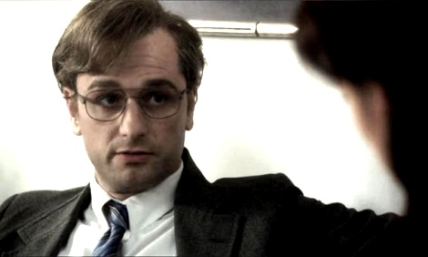 Matthew Rhys in disguise in The Americans