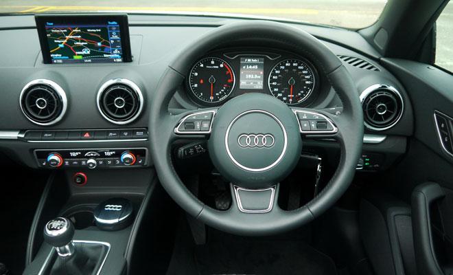 Audi A3 Cabriolet cockpit