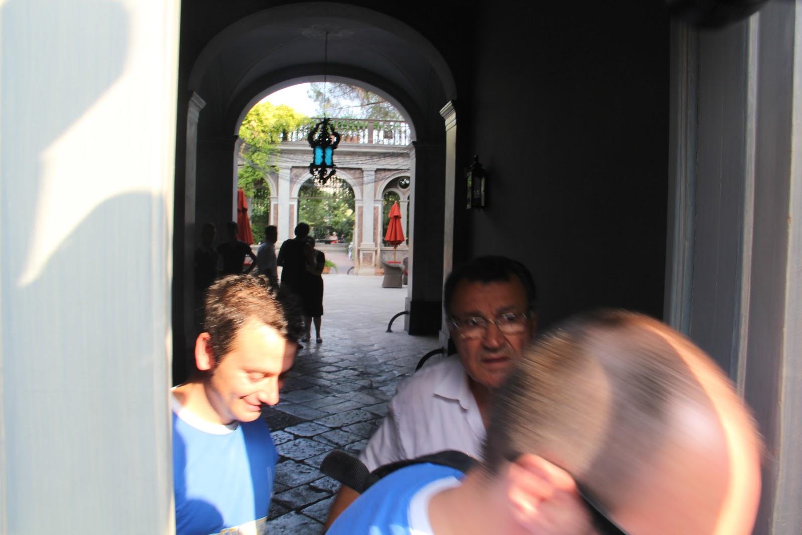 http://2.bp.blogspot.com/-SwQWAjVW6X4/Tmpn5mEUY-I/AAAAAAAAJt0/Ki5AkqGoO3I/s1600/10+I+ragazzi+dello+Staff+Bernalda+27-08-11.JPG