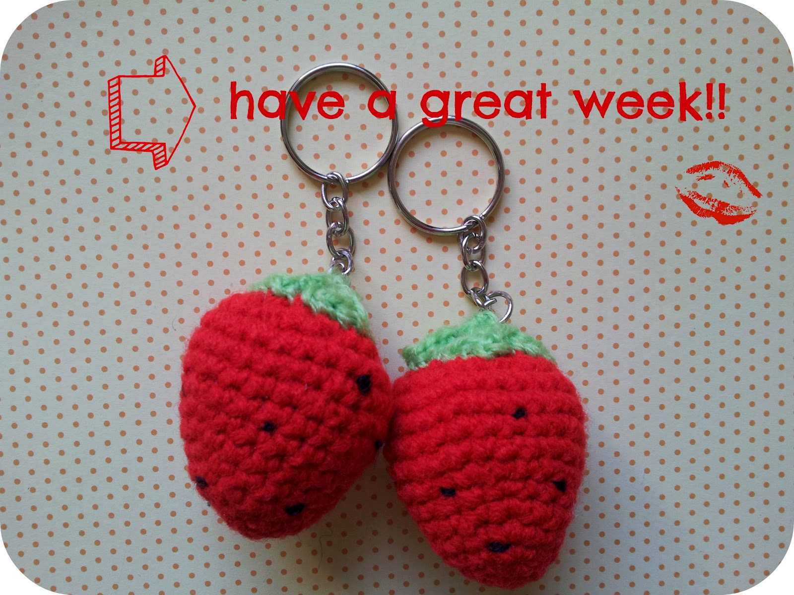 Strawberry amigurumi: a tutorial. Manualidades