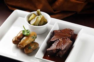 borkonyha winekitchen étel vörösboros marhapofa uborka burgonya krumpli