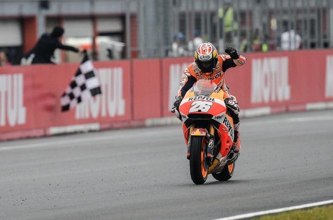 Hasil MotoGP Motegi Jepang, Rossi Finish DI Urutan Dua!